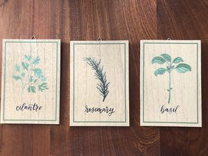 Small wall decor wood (PRICE FOR ALL 3) MORE ITEMS ON MY PROFILE - for Sale in Miami, FL