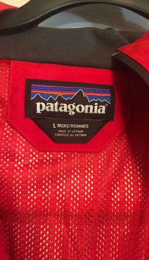 Men's Patagonia Rain Jacket for Sale in Dinuba, CA