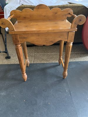 Decorative Wood Console Table for Sale in Phoenix, AZ