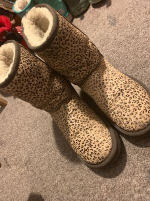 Cheetah uggs, size 7 for Sale in Boston, MA
