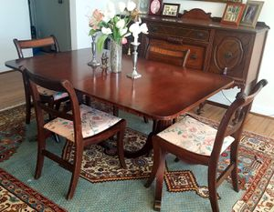 Duncan Phyfe mahogany table and 6 chairs for Sale in Arlington, VA