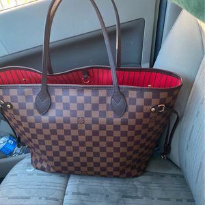 Real Lv Bag For Sale NO LOBALLERS ! Taking Beat Offer $1500 Bag Cost $1700 Plus Tax In Stores for Sale in Hawthorne, CA