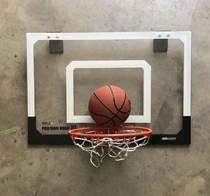 Hoops mini basketball set, new never used for Sale in Reedley, CA