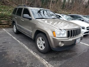 2006 Grand Cherokee no light no leaks clean title for Sale in Fort Washington, MD
