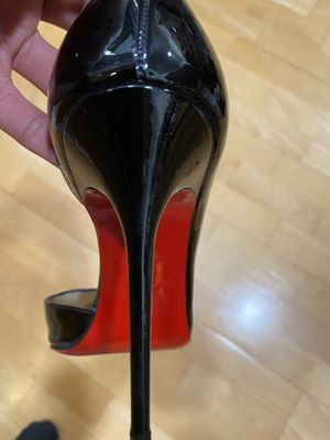 Red Bottom Louboutin Heels. Size 7.5 women's. for Sale in Sausalito, CA