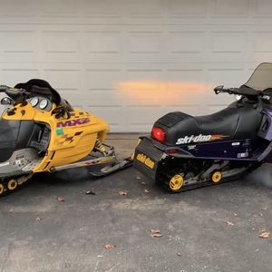 2 Skidoo Snowmobiles $3500 for Sale in Wauconda, IL