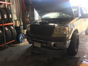 Head light restoration! for Sale in Norco, CA