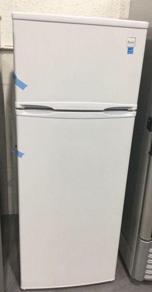 Refrigerator Fridge Freezer Home Appliances Kitchen Refrigerador Frio Nevera 7.4 cu ft RA7306WT for Sale in Miami, FL