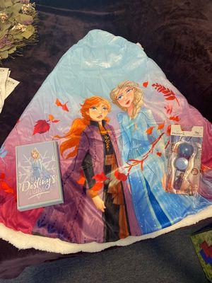 Elsa cape set for Sale in Miami, FL