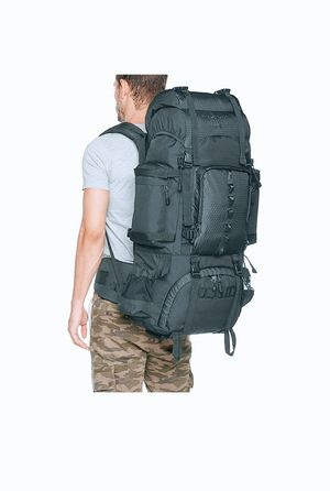 75 L Hiking / Travel Backpack with Rainfly for Sale in Downers Grove, IL