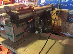 """Craftsman 10""""radial saw and table for Sale in Cleveland, OH"""
