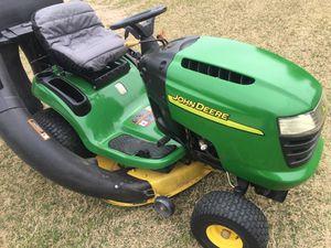 John Deere Riding lawnmower. for Sale in Glendale, AZ