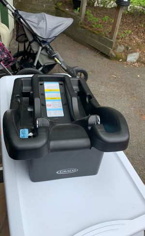 Graco base for Sale in Anchorage, AK