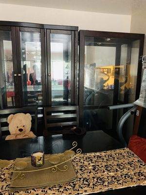 Dinning table with six chairs. And glass cabinet for Sale in Houston, TX