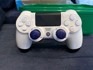 Scuf Infinity 4 Pro PS4 Controller w/ paddles for Sale in Mahwah, NJ