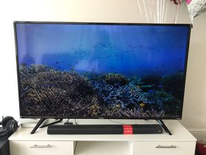 Smart tv 4K 60 class for Sale in SUNNY ISL BCH, FL