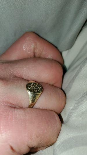 Gold ring for Sale in Monroe, LA