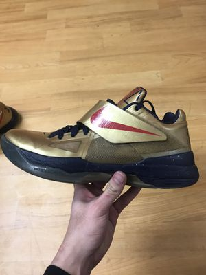 Nike KD 4 Gold Medal (Size 12) for Sale in Lawton, OK