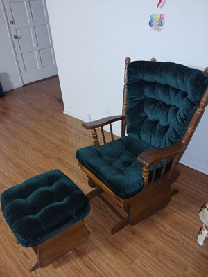 Rocking Chair with Ottoman for Sale in Tustin, CA