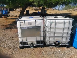 275 gal totes food grade (2 available) for Sale in Perris, CA