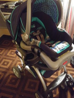 Riva limited edition travel system-doodle for Sale in Yakima, WA