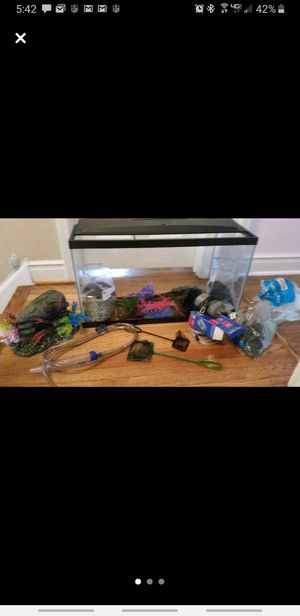 Fish tank and all accessories to run for Sale in North Riverside, IL