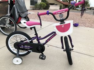 Trek Precaliber 16 Kids Girls Bike Purple Lotus for Sale in Scottsdale, AZ
