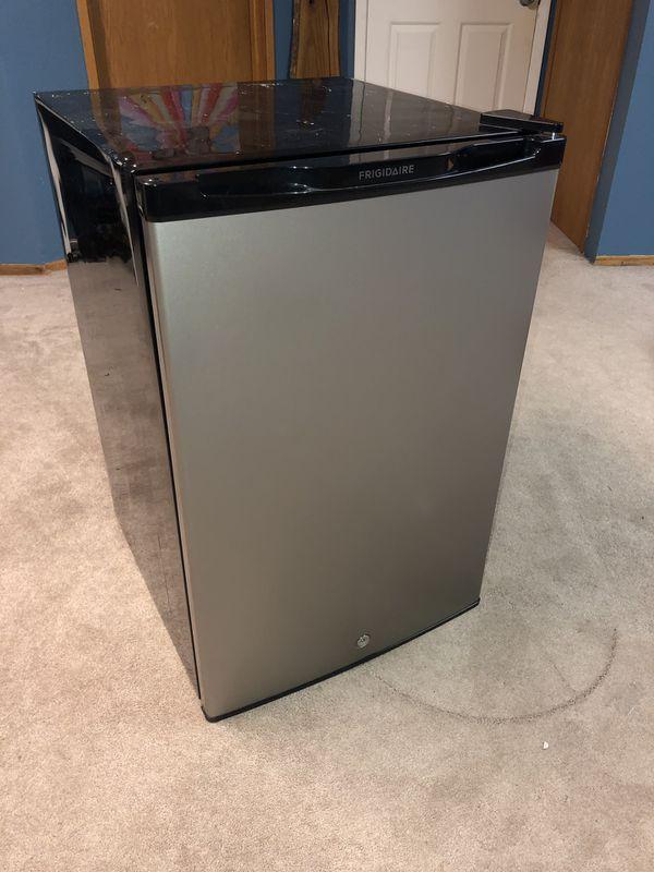 Barely used mini fridge