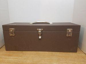 Vintage Kennedy tool box for Sale in San Fernando, CA