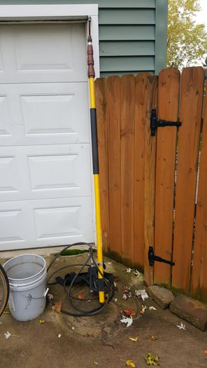 Giraffe general pump pressure washer extension for Sale in Walton Hills, OH