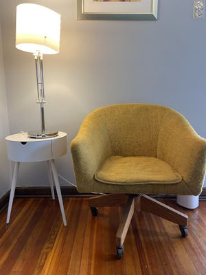 Mid century office Chair for Sale in Pittsburgh, PA