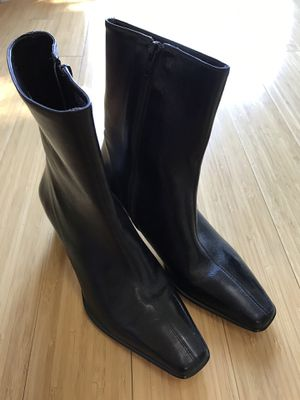 New Women's Etienne Aigner Boots Sz 7 for Sale in East Norriton, PA
