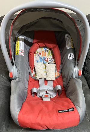 Graco snugride car seat for Sale in Dublin, OH