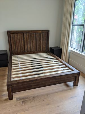 Beautiful queen size hardwood bed for Sale in Washington, DC