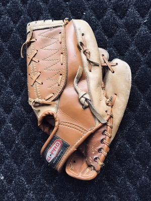 JR size baseball glove or mitt fun for social distancing for Sale in Edwardsville, PA