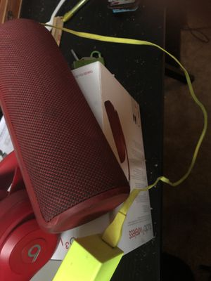 Mega Boom 3 Speakers comes with Charger for Sale in Alexandria, VA