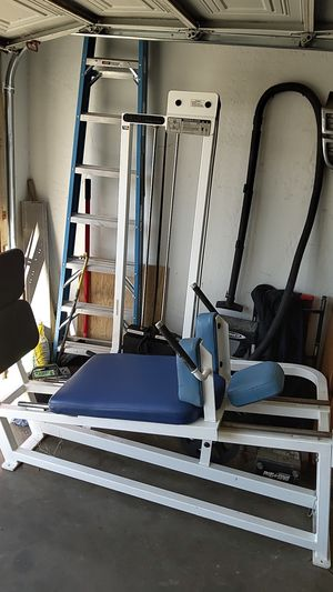 Commercial Hack Squat machine WITH WEIGHTS for Sale in Guadalupe, AZ