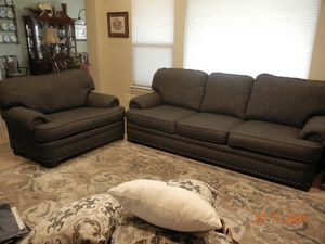 Mayo 3620 Sofa and Extra Wide Chair – Blue/Beige Fabric - looks like new at used price! for Sale in Justin, TX