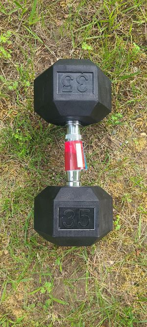 35lb Single Rubber Hex Dumbbell for Sale in Newton, MA