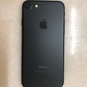 Unlocked iPhone 7 128gb Black for Sale in Providence, RI
