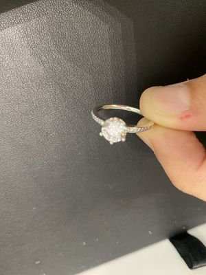 Pandora Sparkling crown ring for Sale in Fresno, CA