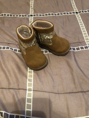 Cute baby girl boots for Sale in Berkeley, IL