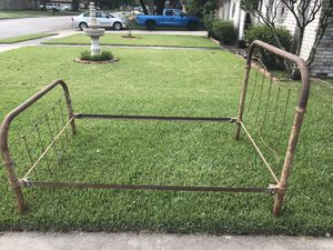 Antique Metal Bed Frame for Sale in Victoria, TX