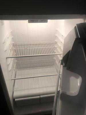 GE Refrigerator for Sale in Chesapeake, VA