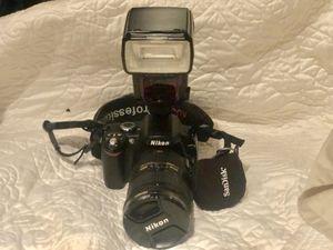 Nikon Professional Camera with flash for Sale in Miami, FL