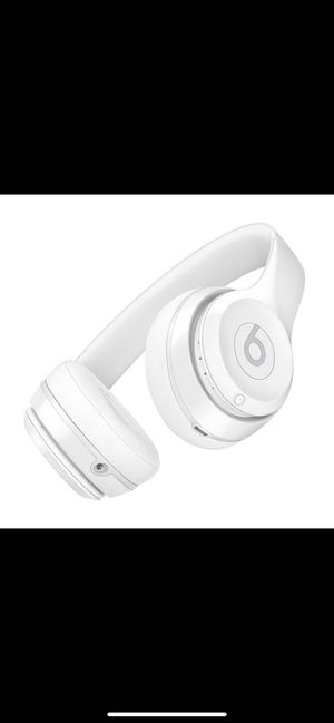 beats solo 3 wireless for Sale in Downers Grove, IL