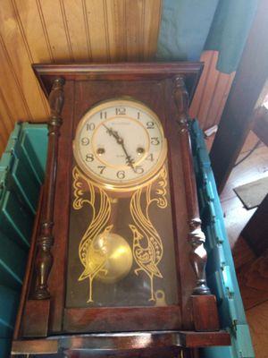 Antique clock for Sale in Pelzer, SC