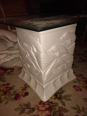 Dolphin End Tables & Coffee Table for Sale in Brunswick, OH