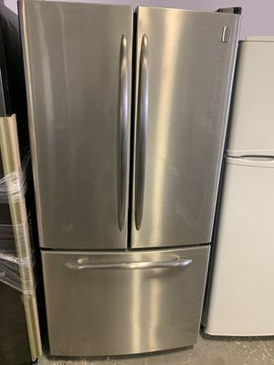 33by68 GE PROFILE FRENCH DOOR FRIDGE STAINLESS STEEL WITH WARRANTY for Sale in Woodbridge, VA