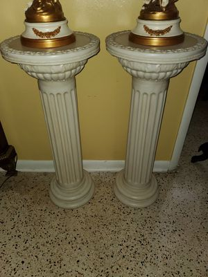 Two pedestals for Sale in Hialeah, FL